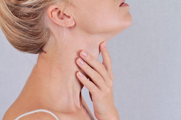 طب سوزنی برای درمان پرکاری تیروئید