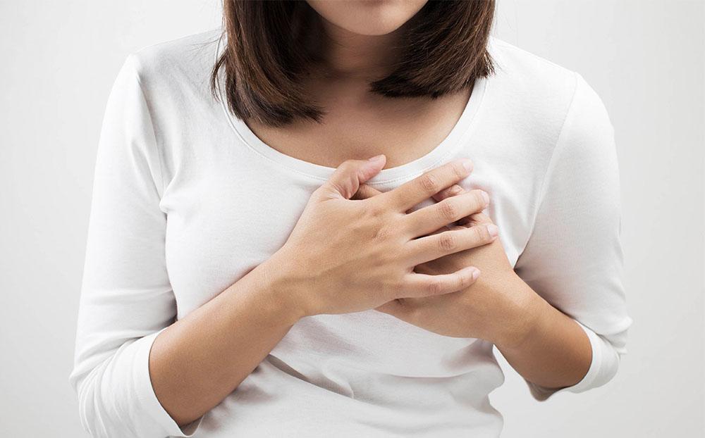 درمان افتادگی سینه بعد از زایمان و شیردهی