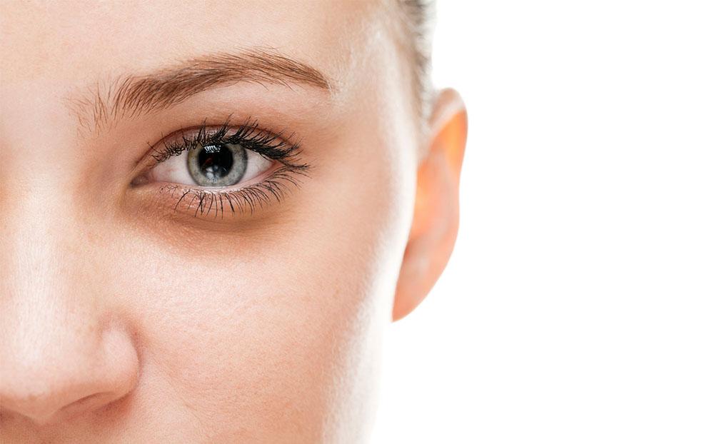 سیاهی دور چشم نشانه چیست؟